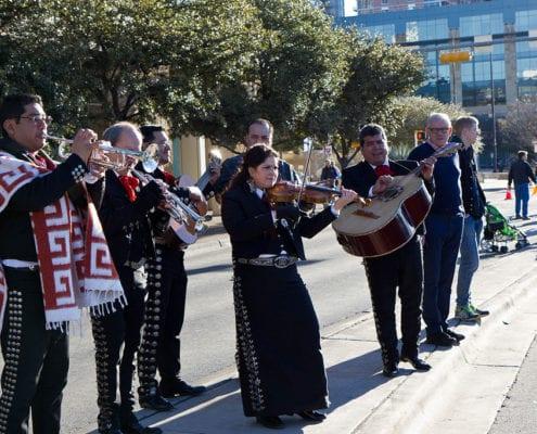1024px-Austin_Marathon_2013_Band